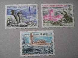 S P M   P 445/447  * *  PHARES ... - St.Pierre Et Miquelon
