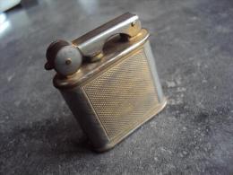 Ancien Briquet Vulcano MD 44185 - Autres