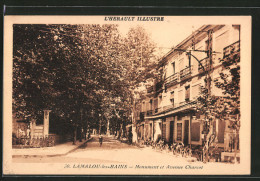 CPA Lamalou-les-Bains, Mnument Et Svenue Charcot, Vue Partielle Avec Vue De La Rue - Lamalou Les Bains