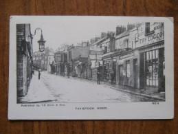 40249 POSTCARD: DEVON: Tavistock Road. - Other