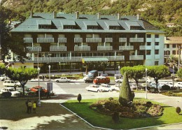AX LES  THERMES - 09 - L'Hotel Royal Thermal - VAN - - Ax Les Thermes