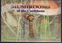 Antigua & Barbuda 2011 - Champignons