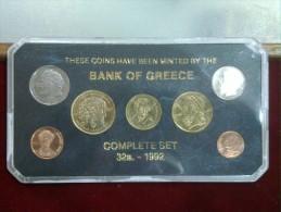 GRECIA BANCA SERIE 7 MONETE 32a. 1992 MINT - Grecia