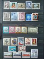 AUSTRIA 1977 / COMPLETE YEAR / MNH ** / COT. 34.50 € - Volledige Jaargang