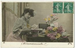 Cartes Postales Postcards  Femme  Regardant Ses Cartes Postales Envoi A Pauchard Boucher à Luzy Nievre - Post & Briefboten