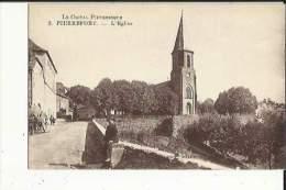 PIERREFORT  15     L'Eglise Et La Rue Animée Attelage - Sonstige Gemeinden