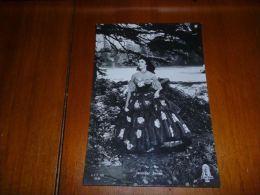 BC8-2-60 Carte Postale Artiste Acteur  Jennifer JONES - Artistes