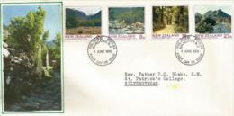 Série Tourisme. Les Grands Parcs Nationaux En Nouvelle-Zélande. Enveloppe FDC Adressée à Upper Hutt - FDC