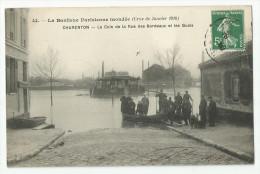 CPA VAL De MARNE - 94 - CHARENTON - Inondations 1910 - Charenton Le Pont