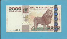 TANZANIA -2 000 SHILINGI - ND (2003) - UNC. - P 37 - Sign. 14 - Serie AF - Lion Kilimanjaro / Fort - BENKI KUU YA - Tanzanie