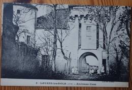 39 : Lavans-les-Dole - Ancienne Cure - Animée : Petite Animation - Plan Inhabituel - (n°3785) - Francia