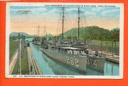CAZA. Torpederos En Las Exclusas De Miraflores, Canal De Panama.(pli Coin Droit)  ( Bateau De Guerre) - Panama