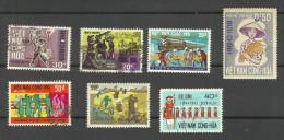 Vietnam Du Sud N°322,328,346,347,352,406,440 Cote 4.65 Euros - Vietnam