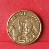 BRAZIL  10  CENTAVOS  2002   KM# 649,2  -    (Nº11323) - Brésil