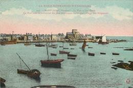 50 BARFLEUR Le Port Et Les Quais - Barfleur