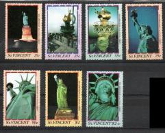 St. Vincent 1986 - 100° Anniversario Della Statua Della Libertà 100th Anniversary Of Statue Of Liberty, New York MNH ** - St.Vincent (1979-...)
