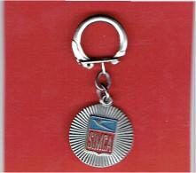PORTE CLEFS METAL SIMCA 74 BIS RUE LAURISTON PARIS 16 EN BON ETAT