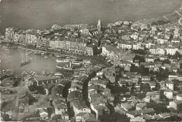 Nº81903 SAINT-TROPEZ - LA VILLE ET LE PORT - Saint-Tropez