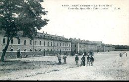94 - Vincennes : Le Fort Neuf - Cour Du Quartier D'Artillerie - Vincennes