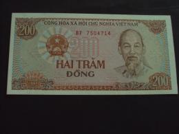 Vietnam Viet Nam 200 Dong UNC Banknote 1987 - Pick#100 / 02 Images - Vietnam
