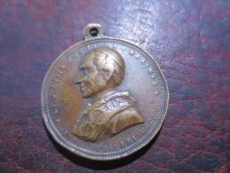 Medaille LEON XIII- 1900- CHRISTUS VINCIT- CHRISTUS REGNAT CHRISTUS IN PACE - VOIR PHOTOS - Royaux/De Noblesse