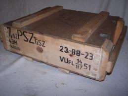 Caisse Pour Munitions AK47  NVA  DDR - Armes Neutralisées