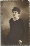 Bologna 1920, Elsa Graffi Benassi Direttrice Del Museo Di Antropologia Dell'Università, Fotografia Cm. 9 X 14. - Berühmtheiten