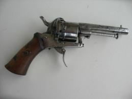 Pistolet Trés Ancien Revolver Type Lefaucheux - Other