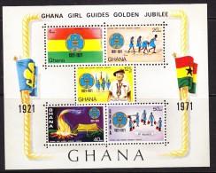 Ghana 1971 Girl Guides Jubilee Minisheet  MINT - Ghana (1957-...)