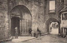 64 SAINT-JEAN-PIED-de-PORT Porche De L'Eglise Sainte-Marie - Saint Jean Pied De Port