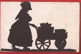 FBE-01 Découpage Représentant Une Vieille Femme Poussant Sa Charrette. Circulé Sous Enveloppe Vers Basel - Postcards