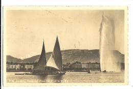Cp, Suisse, Genève, Rade, Jet D'Eau Et Le Mont Blanc, Voyagée 1917 - GE Genève