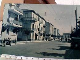 RIMINI VIA DANTE STAZIONE ANIMATA VESPA AUTO CAR VB1960  ES15224 - Rimini