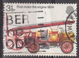 Gran Bretagna, 1974 - 3 1/2p First Motorized Fire Engine - Nr.716 Usato° - 1952-.... (Elisabetta II)