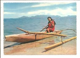 TAHITI   Pirogue De Lagon,tahitienne Canoe - Tahiti