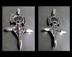 Ancienne Croix D'Agadez Stylisée En Vermeil: La Déesse Mère / Vintage Gold-platted Silver Agadez Cross From Morocco - Ethnics