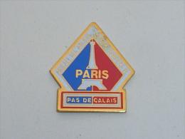 Pin's AMICALE DU PAS DE CALAIS DES ANCIENS SAPEURS POMPIERS DE PARIS - Pompiers