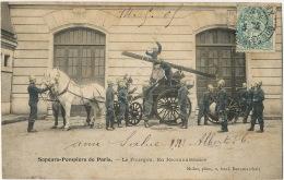 Pompiers De Paris  Le Fourgon En Reconnaissance   Edit Mulot  Pompiers Firemen Bomberos - Firemen