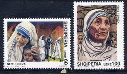 ALBANIA 1998 Mother Teresa Set Of 2  MNH / **.  Michel 2662-63 - Albania