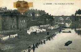 LIMOGES - Clos Sainte Marie Et Pont Neuf Nombreuses Lavandières Et Fil à Linge Garni Pensée Séchée Collée - Limoges