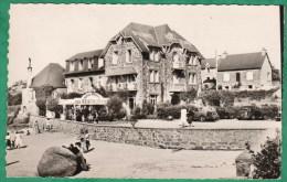 PLOUMANACH - HOTEL SAINT GUIREC - CPSM PETIT FORMAT - Ploumanac'h