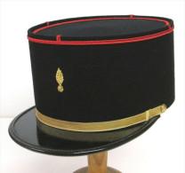 REGIMENT DU GENIE KEPI DE SOUS OFFICIER ETAT EXCELLENT - Headpieces, Headdresses