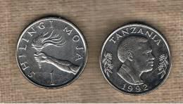 TANZANIA -  1 Shilling 1992  KM22 - Hand Holding Torch - Tanzania