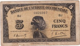 BILLET 5 FRANCS 1942 PICK 28  BANQUE DE L AFRIQUE OCCIDENTALE BON ETAT VOIR SCAN - États D'Afrique De L'Ouest