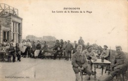 ZUYDCOOTE LES LOISIRS DE LA BUVETTE DE LA PLAGE NOMBREUX SOLDATS - France