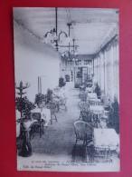 AUBRAC ROYAL HOTEL UNE GALERIE