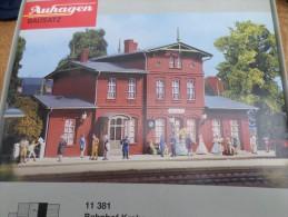 MAQUETTE A CONSTRUIRE HO - Gare De Krakow - Auhagen Bausatz -n°11381 - Scenery