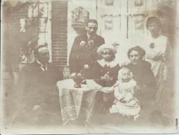 Photo Guerre 14-18 -  En Famille Pendant Une Permission - War, Military