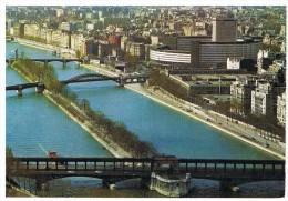 Paris : L'ile Aux Cygnes, La Maison De L'ORTF - La Seine Et Ses Bords