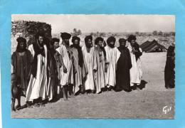 MAURITANIE- Groupe De Maures -gros Plan  -années 60-édition GIL - Mauritania